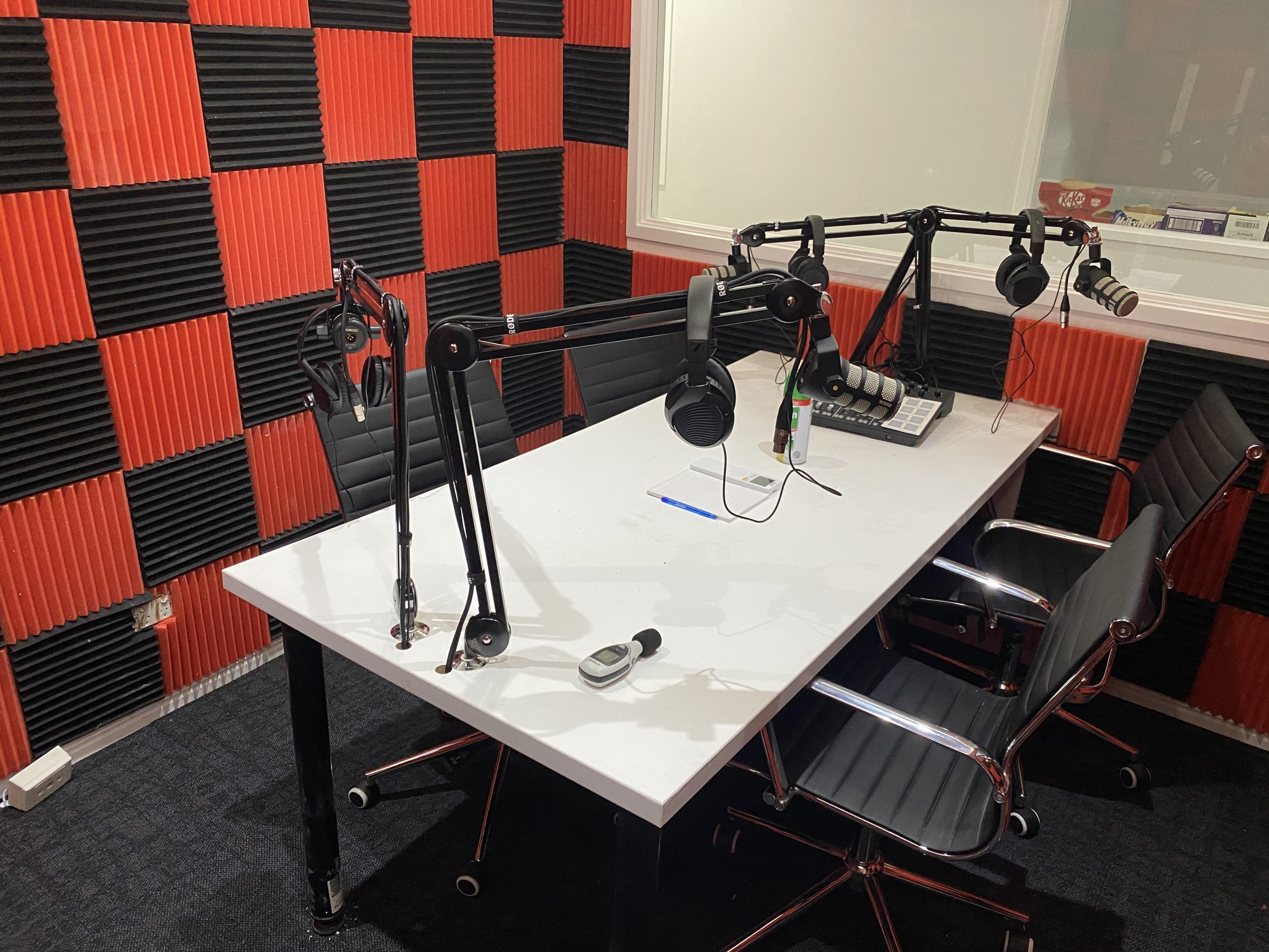 podcast-studio-1